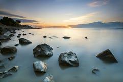 Piękny scenerii widok na ocean podczas zmierzchu Zdjęcie Stock