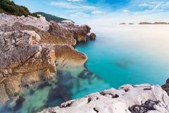 Piękny seascape blisko Dubrovnik w Adriatyckim morzu przy zmierzchem Zdjęcia Royalty Free