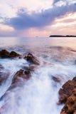 Piękny seascape blisko Dubrovnik w Adriatyckim morzu przy zmierzchem Zdjęcia Stock