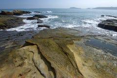 Piękny skalisty denny brzeg Obraz Royalty Free