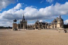 Piękny stary kasztel Chantilly, Francja Zdjęcie Royalty Free