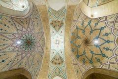 Piękny sufit Agha Bozorg meczet w Kashan, Iran Obrazy Stock