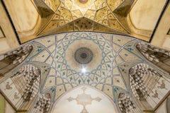 Piękny sufit Agha Bozorg meczet w Kashan, Iran Fotografia Royalty Free