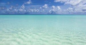 Piękny turkusowy morze Fotografia Stock