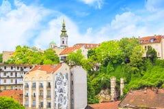 Piękny widok historyczny centrum Belgrade na bankach Sava rzeka, Serbia Zdjęcia Stock