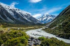 Piękny widok i lodowiec w górze Gotujemy parka narodowego Zdjęcie Royalty Free
