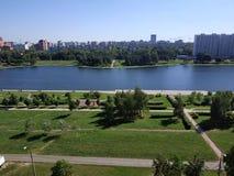 Piękny widok jezioro zdjęcia stock