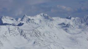 Piękny widok na zimie w szczytach Alps i górach Obraz Royalty Free