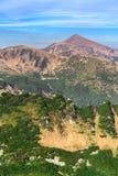 Piękny widok pasmo górskie na lato chmurnym dniu II Obrazy Royalty Free