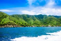 Piękny widok Taganga zatoka Santa Marta, perfect harmonia w, naturze, górach i morzu w Kolumbia, Zdjęcie Royalty Free