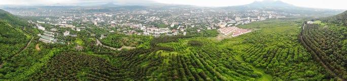 Piękny widok z lotu ptaka na miasteczku Zdjęcia Royalty Free