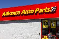 Pi Wayne - vers en septembre 2016 : Les pièces d'auto anticipées vendent l'emplacement au détail I Image stock