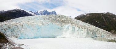 Pia Glacier i Patagonia, Chile i sommar arkivfoto