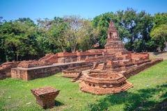 Pia Pu Wat (висок Pia старика), один из загубленных висков внутри Стоковые Фотографии RF