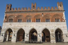 Piacenza: Piazza Cavalli, hoofdvierkant van de stad Stock Foto