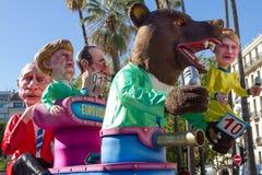 PIACEVOLE, LA FRANCIA - 22 FEBBRAIO: Carnevale di Nizza in Riviera francese Il tema per 2015 era re di musica Piacevole, la Franc Immagine Stock