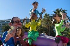 PIACEVOLE, LA FRANCIA - 22 FEBBRAIO: Carnevale di Nizza in Riviera francese Il tema per 2015 era re di musica Piacevole, la Franc Fotografia Stock Libera da Diritti