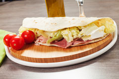 Piadina italien traditionnel Photographie stock