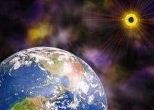 Pianeta e sole blu della terra nello spazio Fotografia Stock