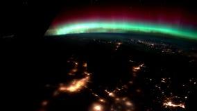 Pianeta Terra alla notte veduta dall'ISS Elementi di questo video ammobiliato dalla NASA illustrazione di stock