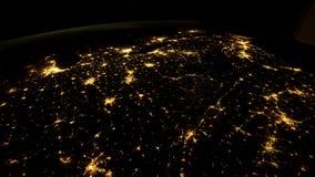 Pianeta Terra visto dall'ISS Elementi di questo video ammobiliato dalla NASA illustrazione vettoriale