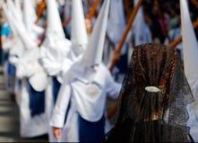 Piangente della donna nella processione spagnola fotografia stock libera da diritti
