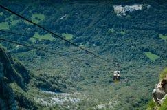 Piani d'Erna wagon kolei linowej Zdjęcie Royalty Free