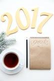 Pianificazione dei precedenti di bianco di punto di vista superiore del nuovo anno Immagini Stock Libere da Diritti