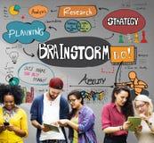 Pianificazione di analisi di 'brainstorming' che divide concetto di riunione fotografia stock