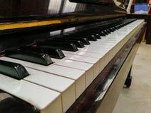 Pianino klucz, pianino, instrument muzyczny, heban - drewno, materiał obraz royalty free