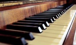 Pianino wpisuje pierwszego plan Fotografia Royalty Free