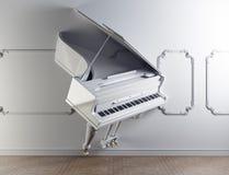 Piano à queue dans le mur Photos libres de droits