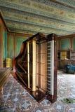 Piano abandonado Fotografía de archivo