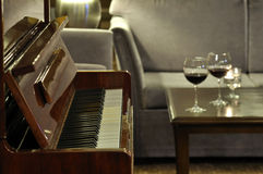 Free Piano At The Bar Royalty Free Stock Photo - 22115295