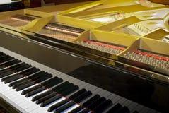 Piano de cola Fotografía de archivo libre de regalías