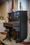 Piano del vintage de la belleza de Pianoelegant Imagen de archivo libre de regalías