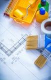 Piano della costruzione con le spazzole del vassoio del rullo di pittura Fotografie Stock Libere da Diritti