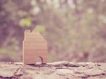 Piano di risparmio per la residenza della gente nella società Fotografie Stock