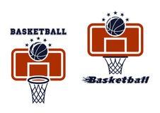 Piano di sostegno e simboli di pallacanestro Fotografia Stock