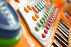 Piano eléctrico del juguete de los niños Foto de archivo libre de regalías