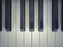 Piano muito velho imagem de stock