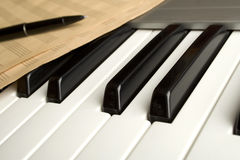 Piano with notes Royalty Free Stock Photos