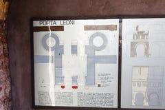 Piano schematico su Porta antico Leoni a Verona Fotografia Stock