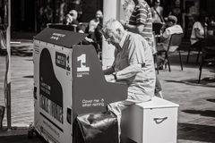 Piano street performer in Liverpool, England Royalty Free Stock Photography