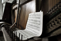 pianoprypiat fotografering för bildbyråer