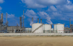 Pianta di raffineria del gas e del petrolio Fotografia Stock Libera da Diritti