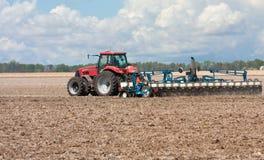 Piantatura del cereale Immagini Stock