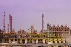 Piante di raffinerie del gas fotografie stock