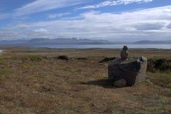Pianura di Outwash e un lago da qualche parte in Islanda Fotografia Stock