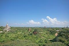 Pianure del tempio di Sunny Bagan fotografia stock libera da diritti